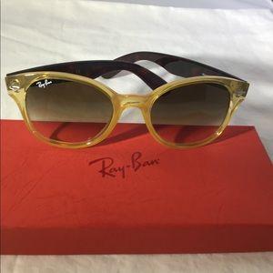 RayBan RB4141 768/51 Opal Yellow round sunglasses